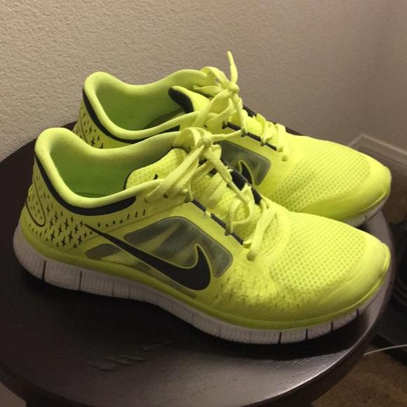 Nike Free Run +3 Men's Shoe Size 9.5 Volt